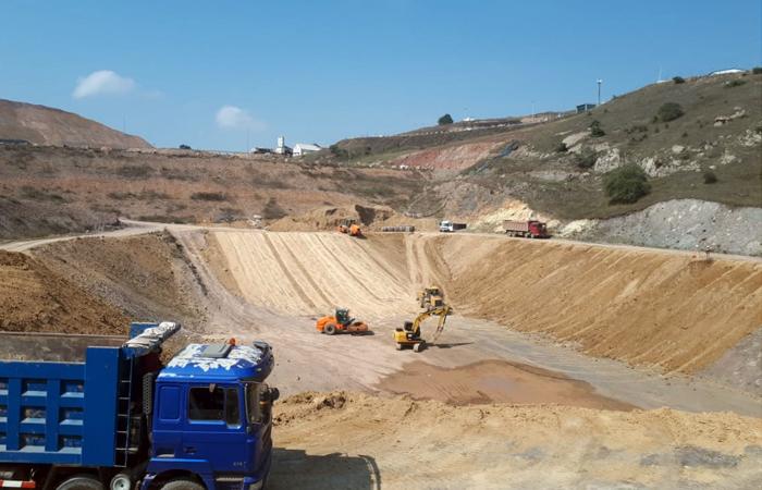 Daşkəsən rayonu Çovdar filiz emalı sahəsində topa aşındırma sahəsi və ehtiyat sianid hovuzunun inşası